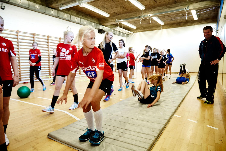Morgentræning på Realskolen/ElitesportsCollege - i samarbejde med Randers HK.